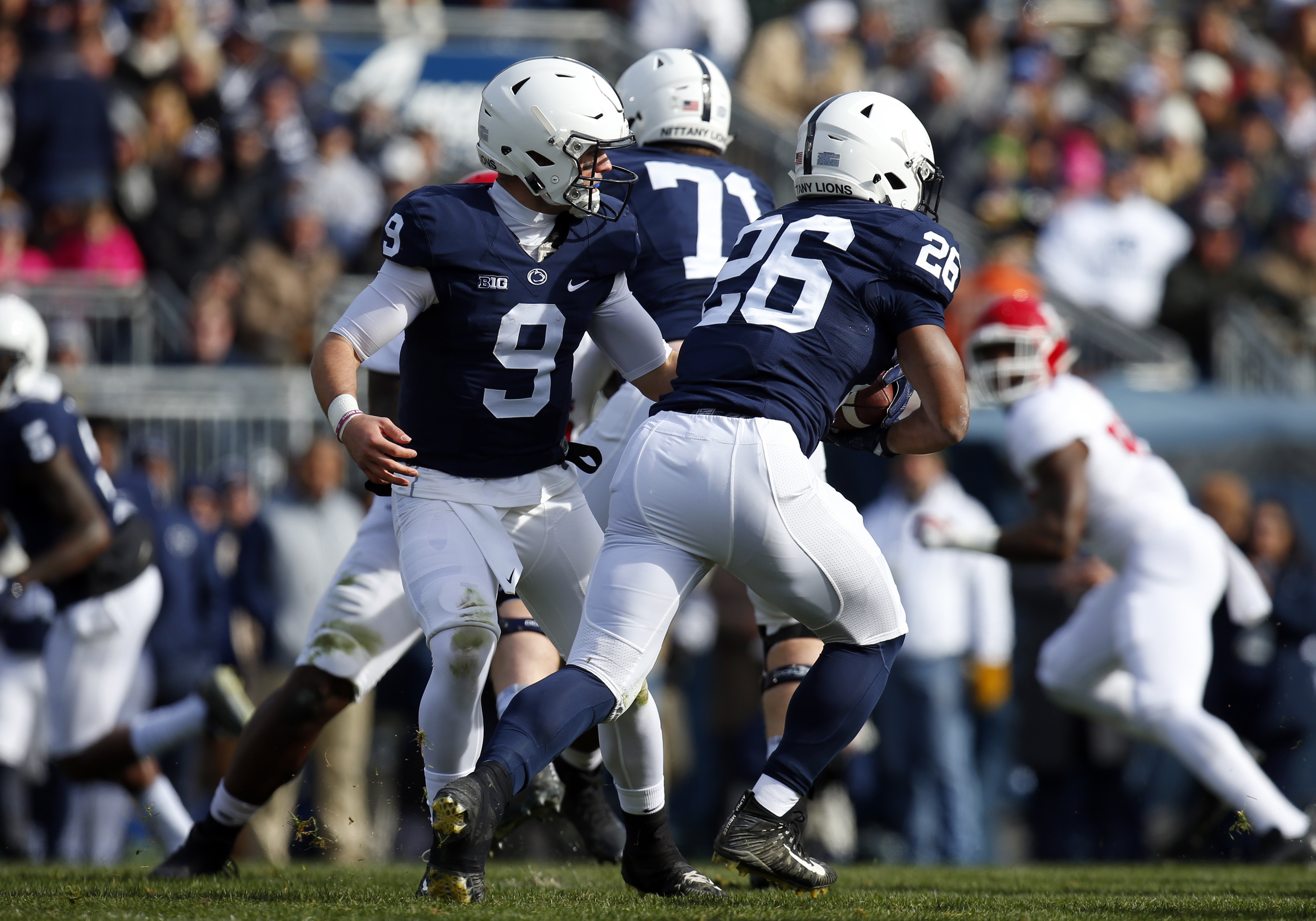 Penn St.'s Barkley pushes National Football League call to after bowl